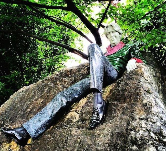 Oscar Wilde sculpture in Merrion Square, Dublin